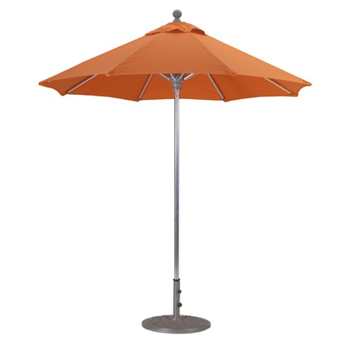 7 commercial patio umbrellas